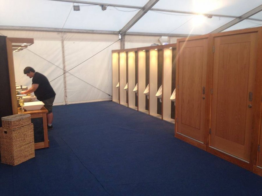 Seat-Of-Luxury-Reading-Festival