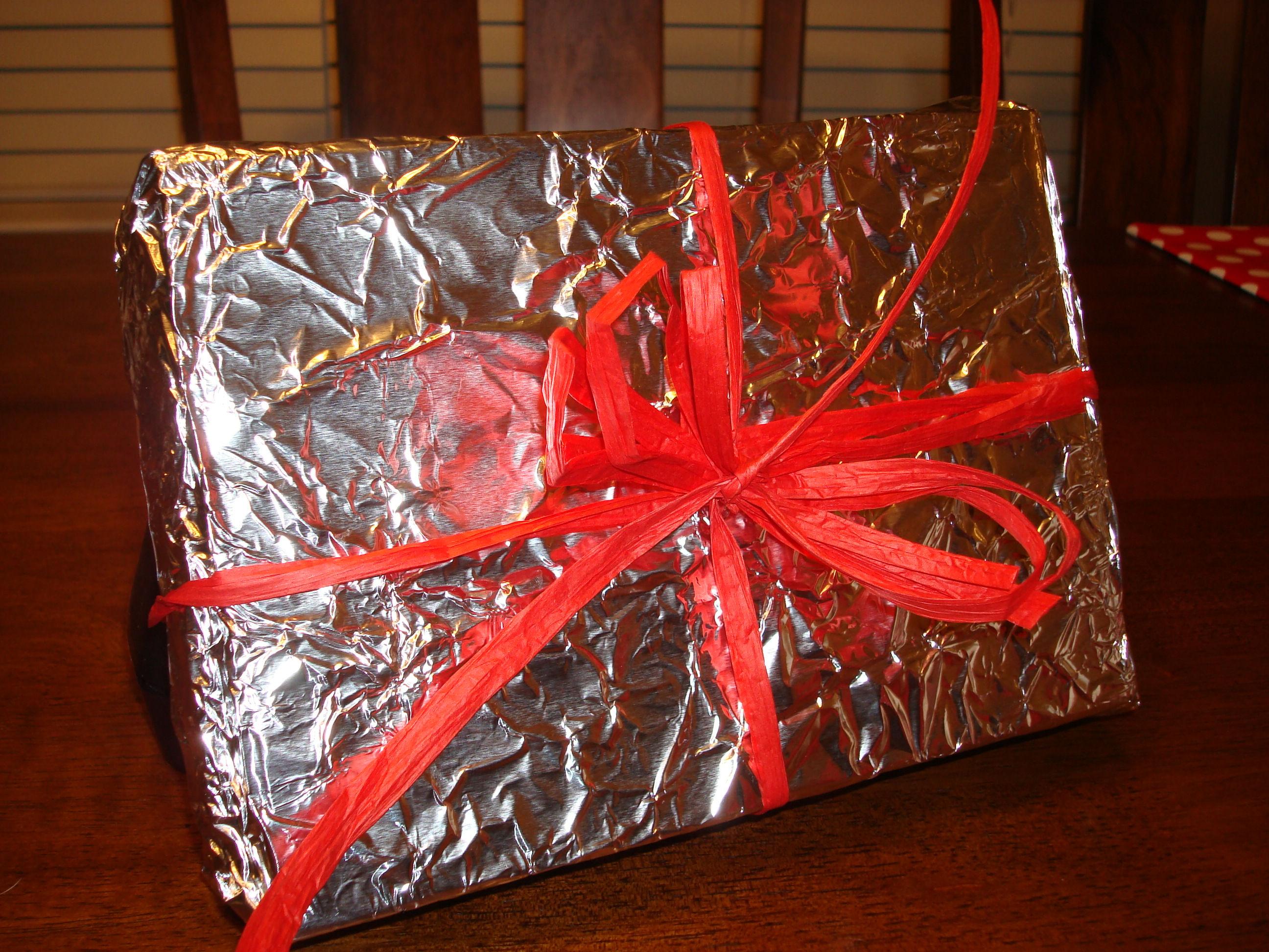 Christmas-Hacks-Tin-Foil
